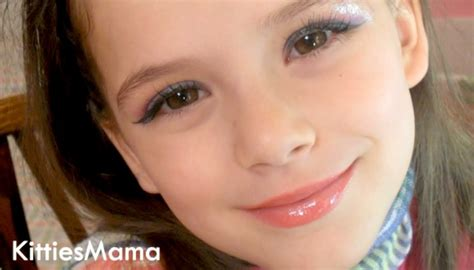 tutorial makeup young is it child abuse to allow your young children to use makeup