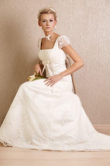 Brautkleider Tracht by Brautkleider In Tracht