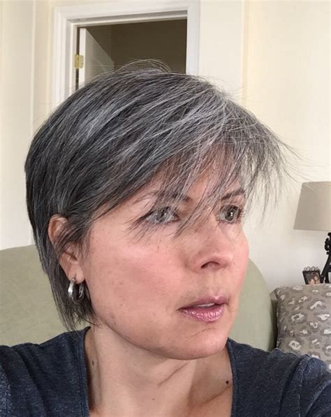 growing out grey without cutting hair 92 best images about growing out my gray hair on pinterest