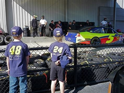 Hendrick Motorsports Garage Tours by Live Pit Practice At Hendrick Motorsports Picture Of