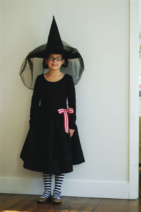 diy witch costume  hand modern