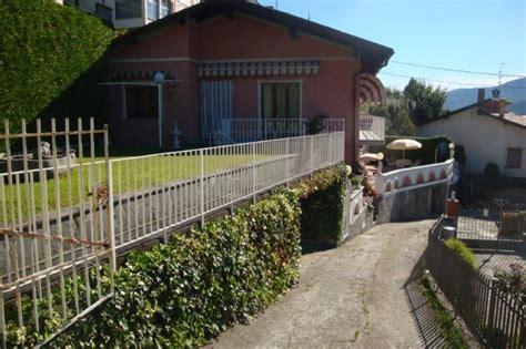 Haus Mit Großem Garten Kaufen by Haus Kaufen Am Lago Maggiore In Ghiffa Mit Seeblick Und Garten
