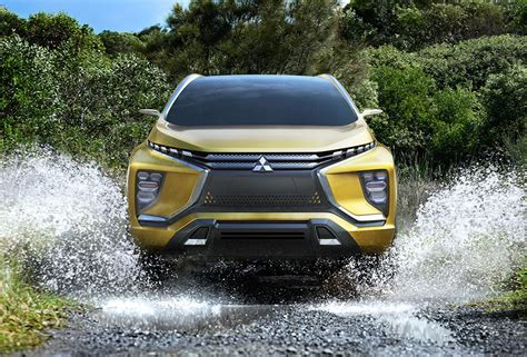 mitsubishi crossover models mitsubishi crossover coming to the