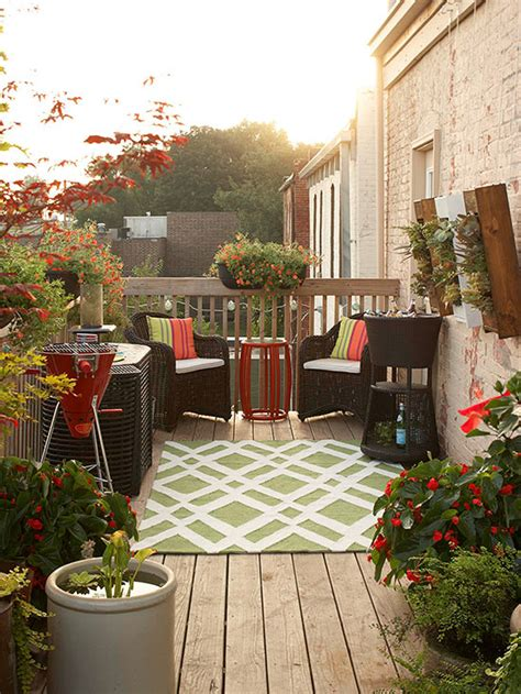 how to decorate a patio small deck decorating