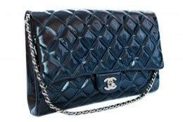 Hiltons Chanel Clutch Purses Designer Handbags And Reviews by Hire A Chanel Classic Flap Bag And Other Designer Handbags