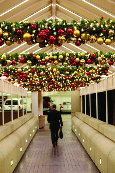 traditional theme pre lit decorated garland  diameter commercial christmas supply