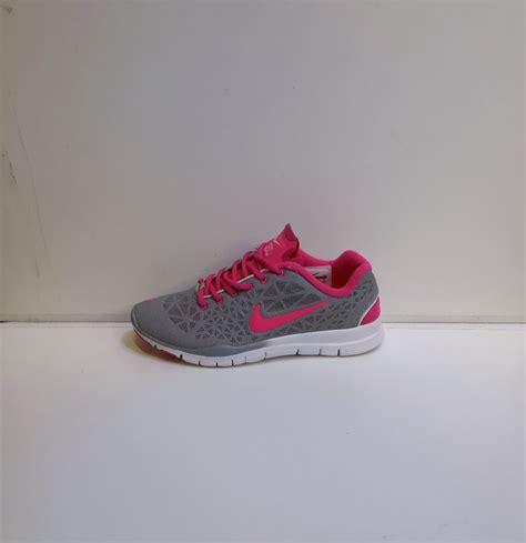 Cuci Gudang Sepatu Nike Flyknit Murah nike free tr tri 3 original sepatu nike adidas vans converse kickers murah