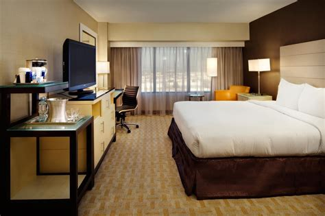 hotels with 2 bedroom suites in los angeles home 2 bedroom suites los angeles ca 90403 hotels with