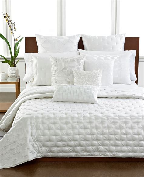 Hotel Collection Frame Bedding Hotel Collection Bedding Finest Silk Quilted Coverlet White 530
