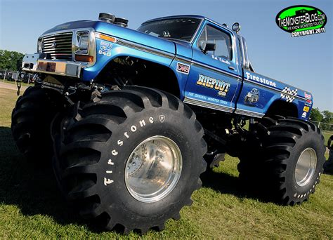 bigfoot monster truck museum bigfoot 1 187 international monster truck museum hall of fame