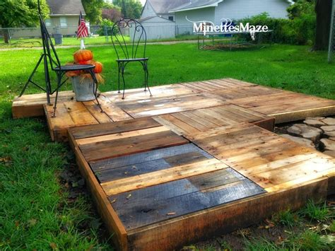 building a backyard deck i love that junk an outdoor pallet deck minettes maze