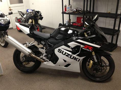 04 Suzuki Gsxr 750 04 Gsxr 750 Like New For Sale On 2040 Motos