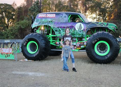 monster jam truck rally what to do if you lose your child at monster jam run dmt