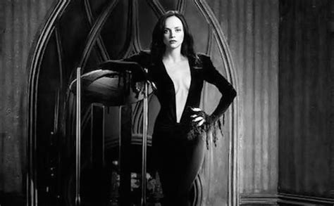 christina ricci image as morticia addams goes viral