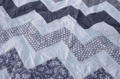 Chevron Pattern Quilts by Quilt On Quilts Hexagons And Chevron Quilt