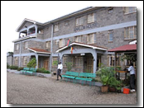 shalom house maine shalom house nairobi kenia peque 241 o hotel opiniones y comentarios tripadvisor