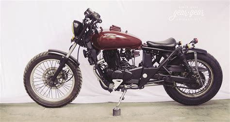 which motorcycle modified bajaj avenger bobber by gear gear motorcycles