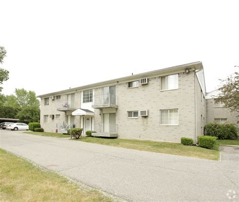3 bedroom apartments in waterford mi crescent manor rentals waterford mi apartments com