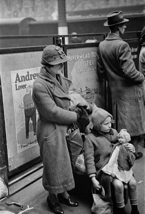 Evacuation of Children, Paddington Station 1940   England