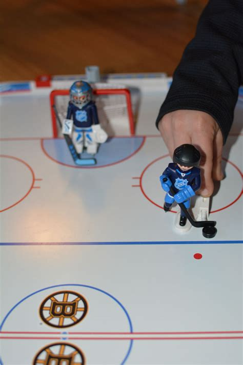Hockey Tournament Giveaways - holiday gift guide playmobil nhl hockey arena giveaway mommy s fabulous finds