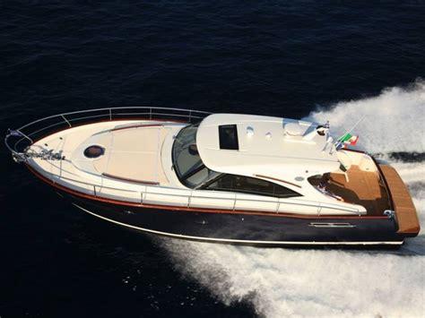 uitrusting speedboot austin parker 42 open in cania tweedehands speedboten