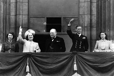 film queen elizabeth ve day long to reign over us queen elizabeth ii in pictures