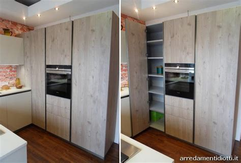 cucine moderne con dispensa awesome colonna dispensa cucina gallery home interior