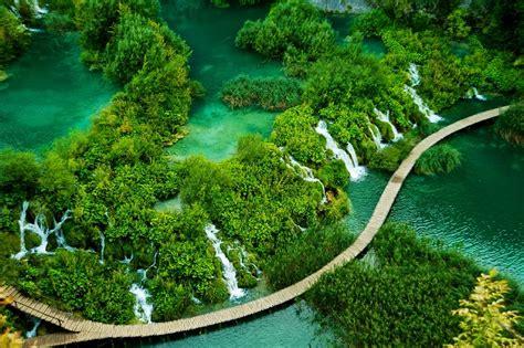 10 gambar keindahan alam di dunia yang mempesona