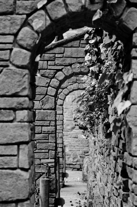 Photography: a Castle in Seattle | Old art, Stone houses