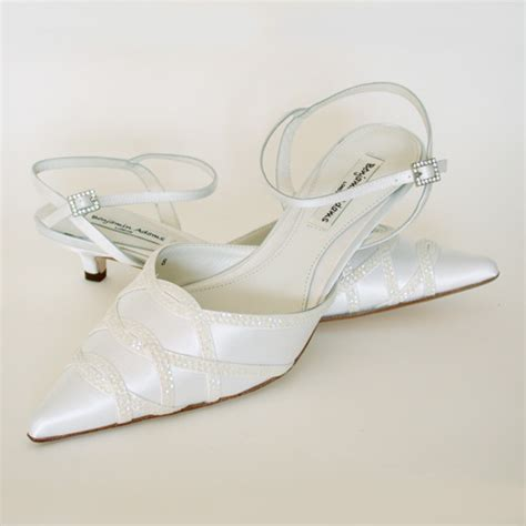 Low Wedding Shoes by Low Heel Wedding Shoes Oanr The Wedding