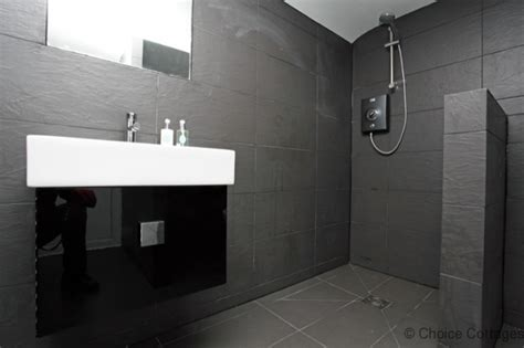 wet room in bedroom luxurious 4 bedroom cottage in croyde sleeps 8 croyde