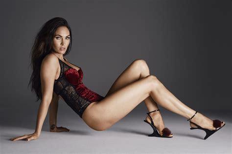 Megan Fox Hot Photo Gallery Biodata Cave