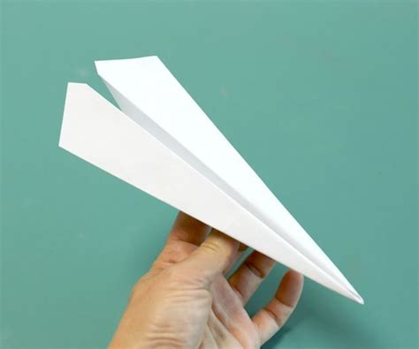 10 Ways To Make Paper Airplanes - how to make the fastest paper airplane paper the o jays