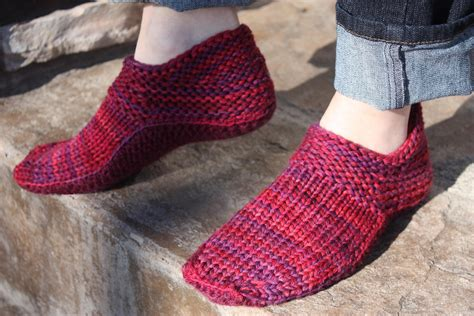 knitting slippers knitted slipper socks free pattern snocure