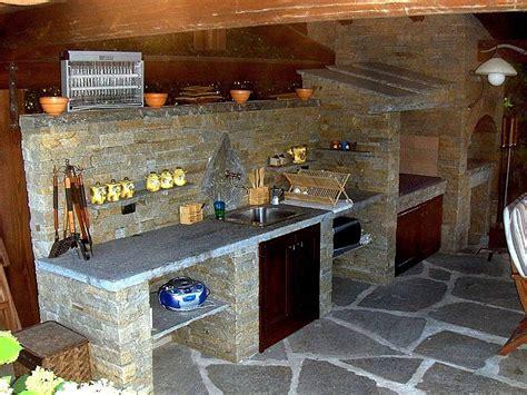 piano cottura per esterno rivestimenti interni in pietra realizzazioni