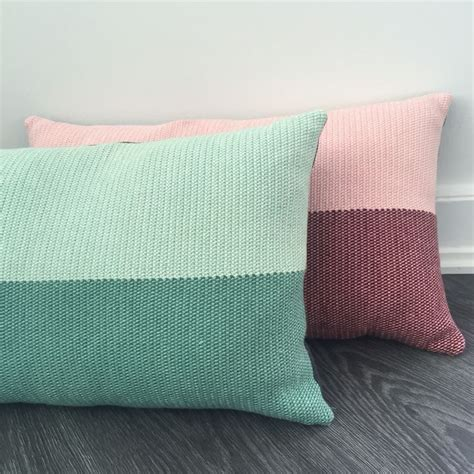 Tunisian Crochet Pillow by 16 Best Images About Crochet Diy On