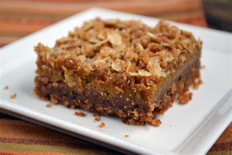 pumpkin bars with streusel topping pumpkin puree recipes 6 sweet ways to use a can of one