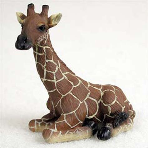 resin figurines giraffe mini resin painted wildlife animal figurine