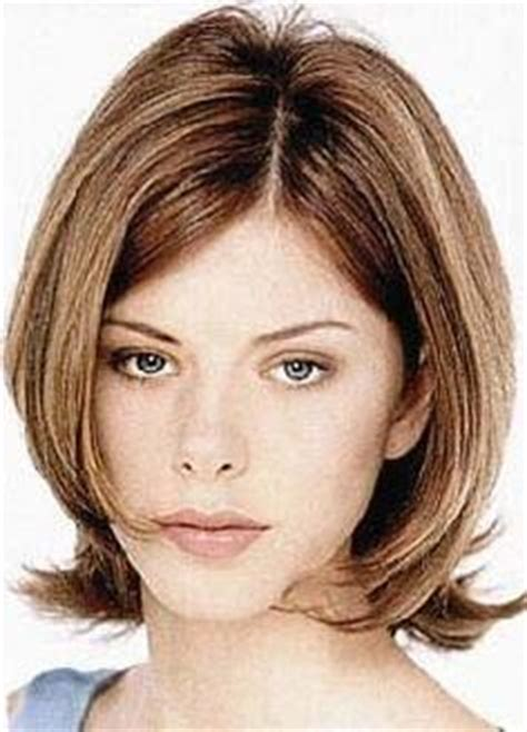 bob hairstyles with side flip 1000 images about hair on pinterest wavy bob haircuts
