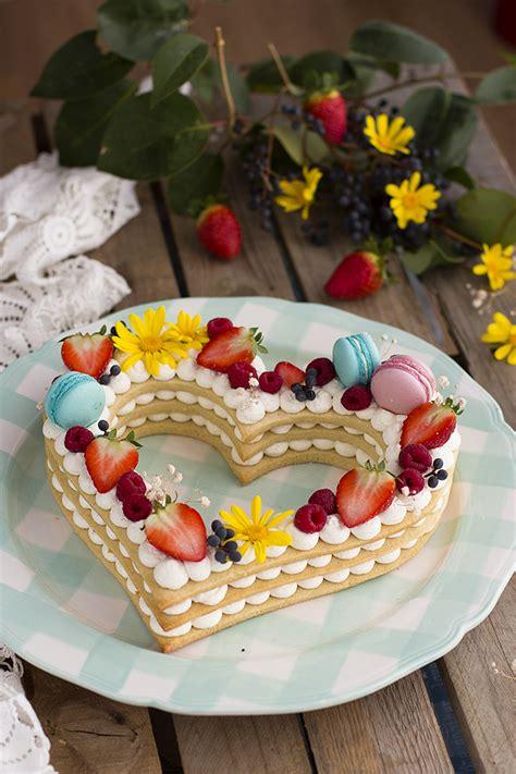 tartas en flor el 8416138184 tarta de letras y n 250 meros tendencia del 2018 mi tarta coraz 243 n megasilvita