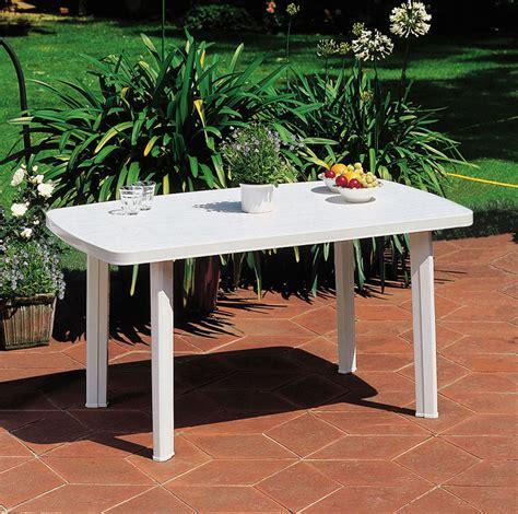 table de jardin pas chere mobilier exterieur pas cher ekipia