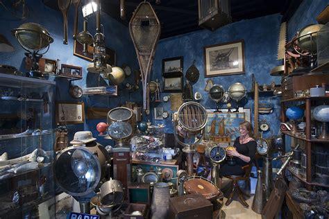 antique shop wikipedia