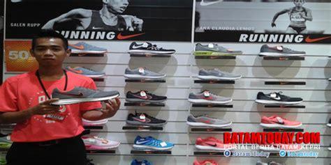 Sepatu Di Sport Station Lung sport station kepri mall hadirkan koleksi terbaru nike