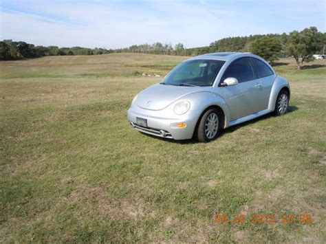 volkswagen hatchback 2005 find used 2005 volkswagen beetle gls tdi hatchback 2 door