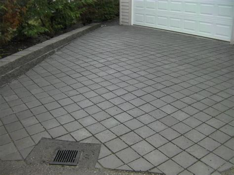 Paver Patio Drainage Paver Drive Ways Design Patio Drains Covered Design Rectangle Pave Design For Exterior Design
