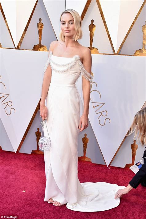 best actress for oscar margot robbie misses out on best actress oscar for i
