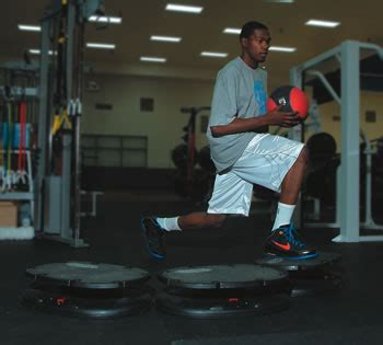 kevin durant bench press kevin durant workout muscle prodigy