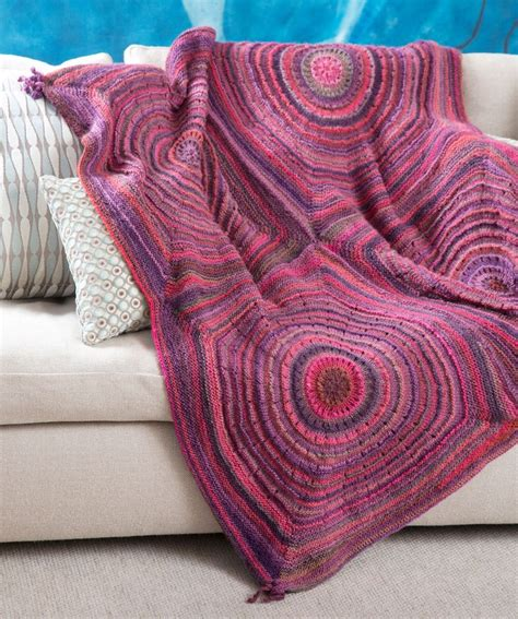 pattern red heart yarn squared shades throw free knitting pattern from red heart