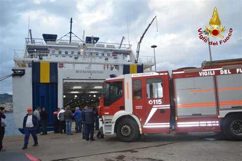 porto di messina traghetti tragedia nel porto di messina salgono a tre i morti a