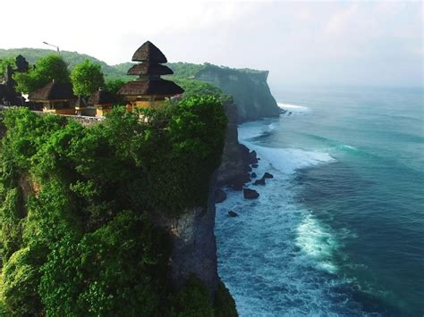 tanah lot uluwatu  jimbaran day  wandernesia
